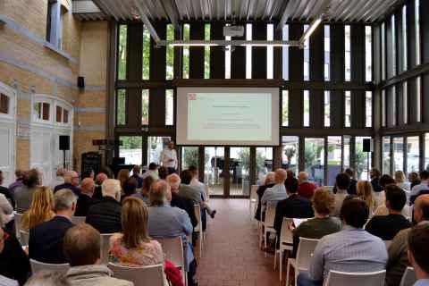 Marathon d'entraînement Modero Academy présentation, conférencier et public